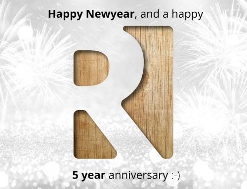 Roest Architectuur bestaat 5 jaar, Happy Newyear :-)